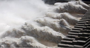 China's Three Gorges dam 'breaks world hydropower record'